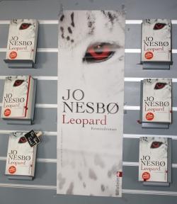 Plakat Nesbö, Leopard