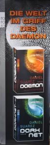 Plakat: Die Welt im Griff des Daemon